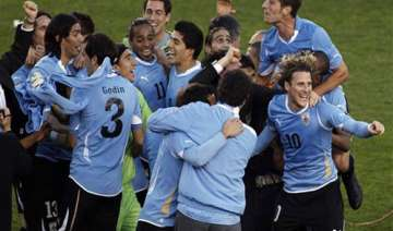 uruguay beat paraguay to win record 15th copa...