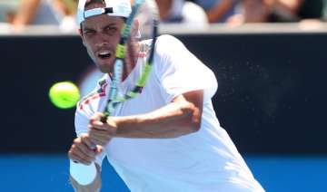 defending champ sweeting through in houston -...
