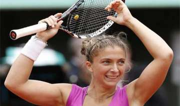 errani tops stosur to reach french open final -...