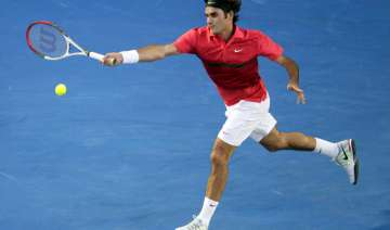 federer through to australian open quarterfinals...