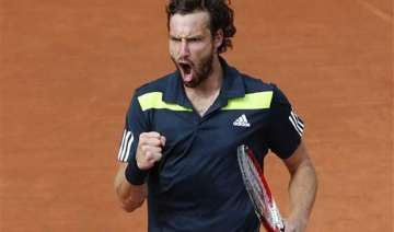 gulbis finds inner comfort and french semis -...