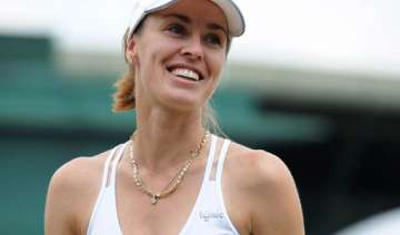 hingis gets wimbledon wild card for doubles -...