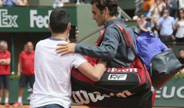 roger federer fumes about selfie seeker at french...