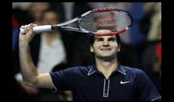 federer beats murrary to seal number one position...