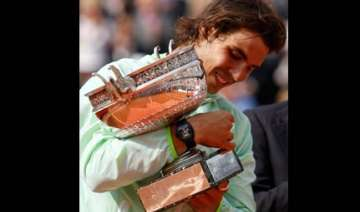 wins for nadal djokovic and cilic at queen s -...
