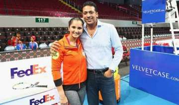 bhupathi sania to play paes navratilova in tennis...