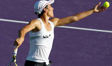 italy s schiavone pennetta to play fed cup semis...