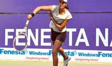 national tennis top seed shweta advances - India...