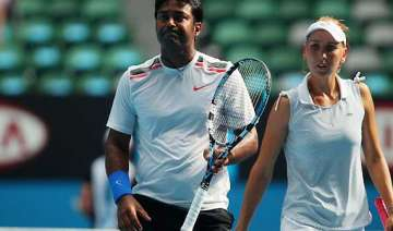 paes elena reach semifinal of french open - India...