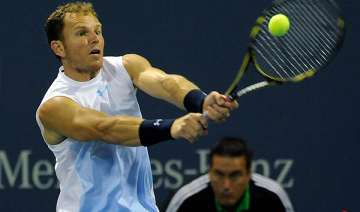 russell ousts tursunov in la - India TV