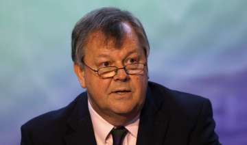 wimbledon ceo ritchie leaves to head english...