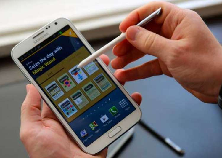 samsung galaxy note ii a tough competitor to iphone 5- India Tv