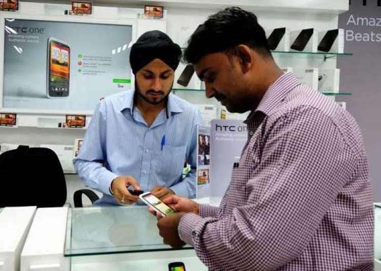 top 7 benefits of buying a smartphone- India Tv