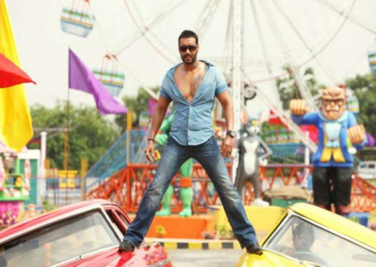 ajay devgn back in golmaal 4- India Tv
