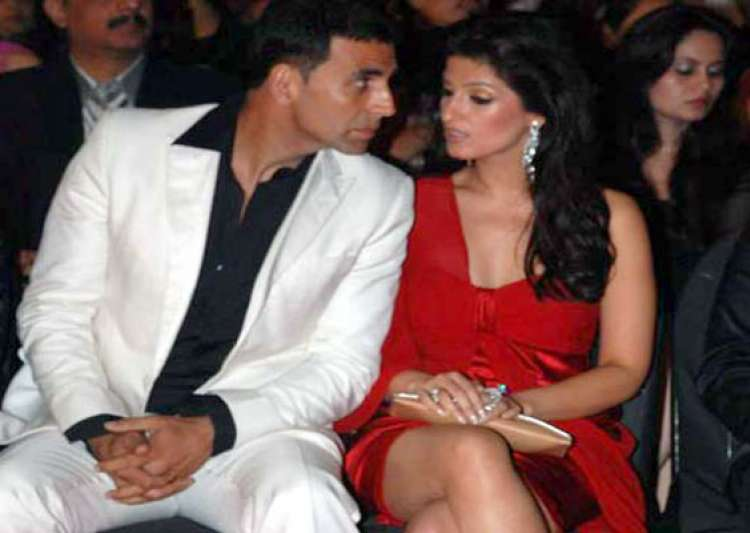 akshay twinkle blessed with daughter- India Tv