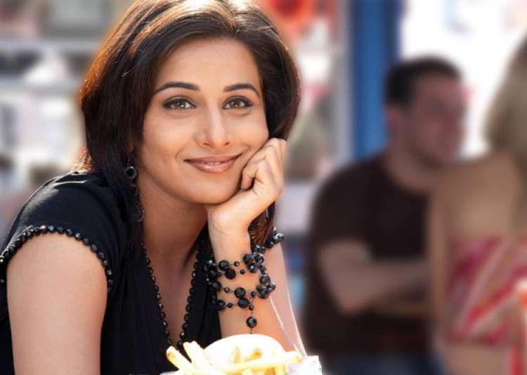 happy that directors are not typecasting me says vidya balan- India Tv