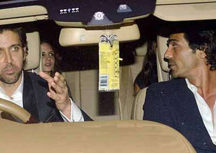 hrithik suzanne divorce is suzanne having an affair with arjun rampal- India Tv