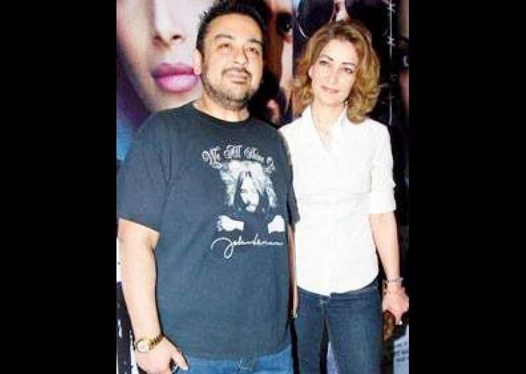 court orders adnan sami s third wife roya to leave house- India Tv