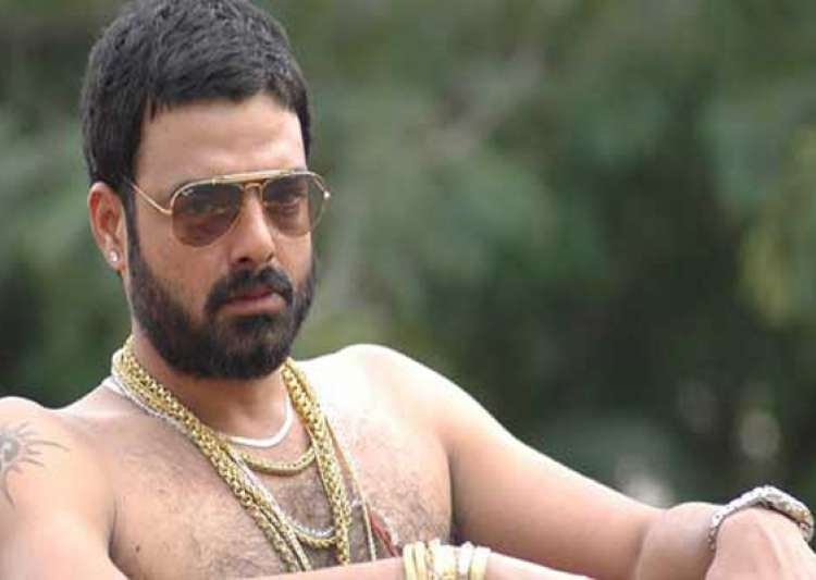 left out of department promotions abhimanyu miffed with rgv- India Tv