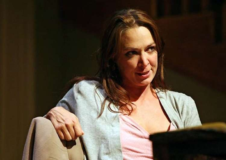 elizabeth marvel to rejoin other desert cities- India Tv