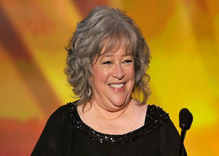 kathy bates undergoes mastectomy to remove breast cancer- India Tv