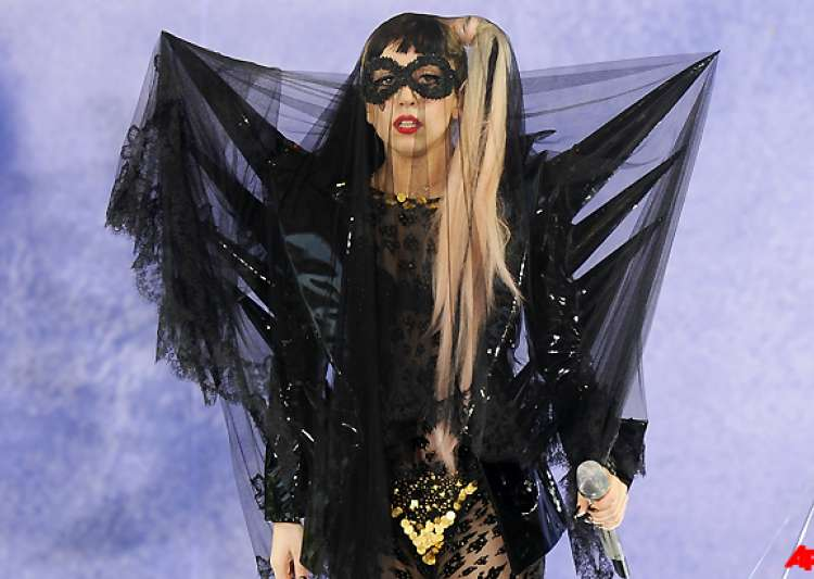 lady gaga to perform in greater noida- India Tv