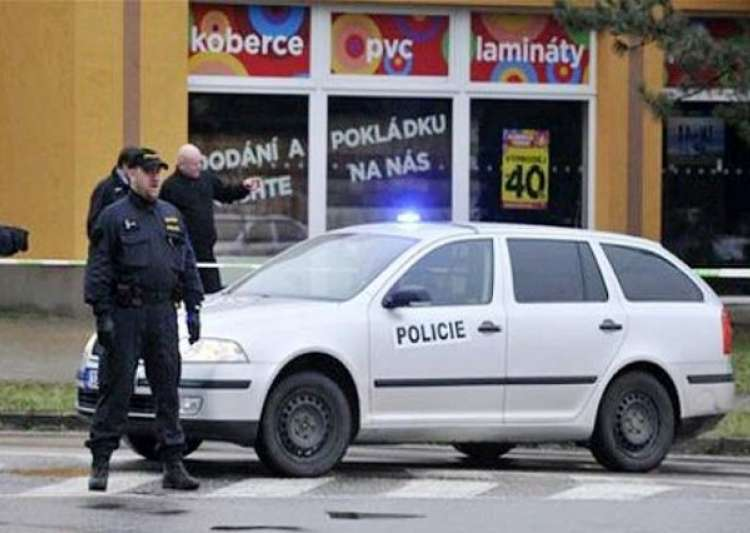 uhersky brod buddhist personals Eight people have been killed in a shooting in the eastern czech republic town of uhersky brod, reuters have reported, citing the country's interior minister read more 5.