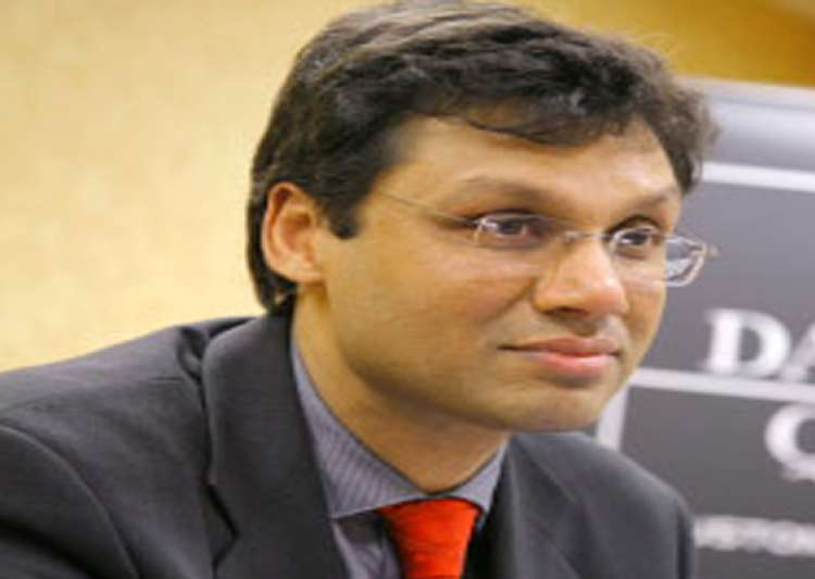 indian professor honoured in uk- India Tv