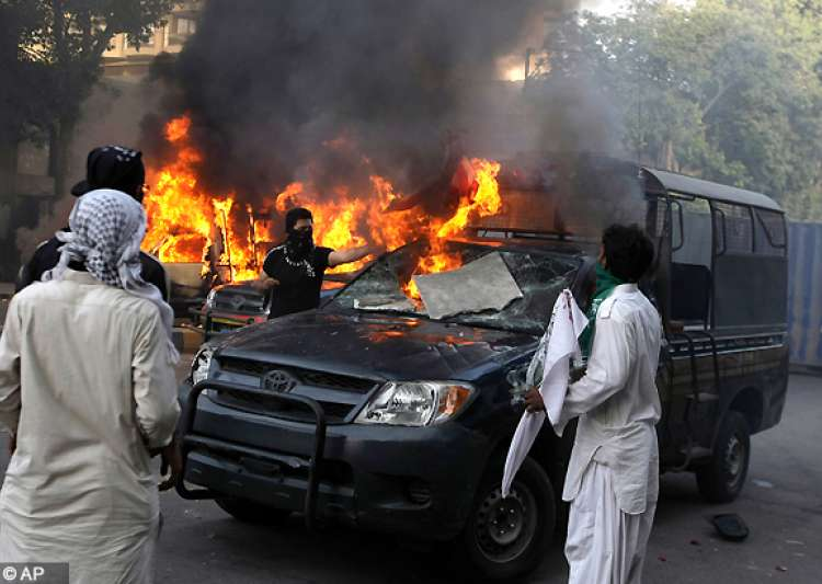 33 killed as protests continue in muslim countries over- India Tv