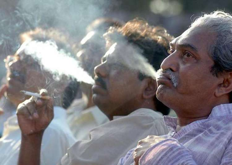 50 of smokers think limited smoking is not harmful survey- India Tv