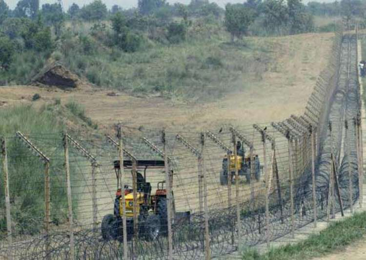 ceasefire violation bsf lodges protest with pak rangers- India Tv