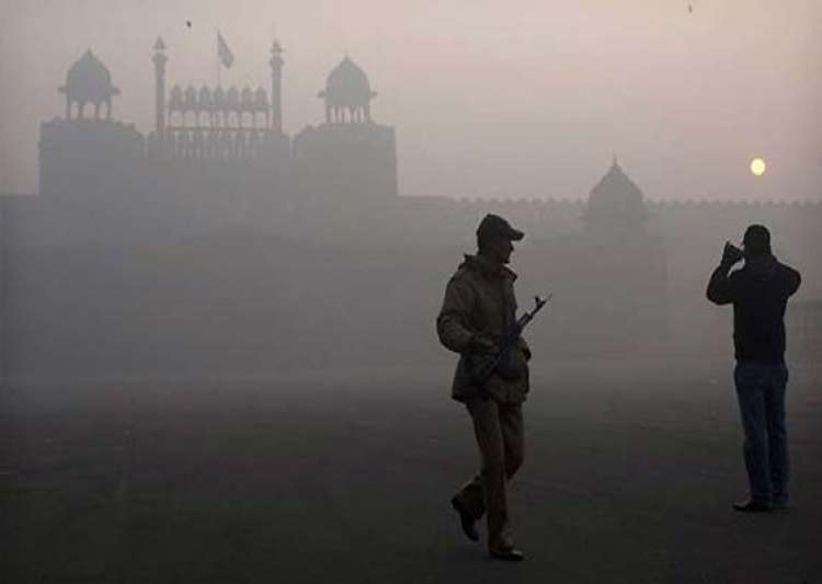 cold and chilly start to new year in delhi- India Tv