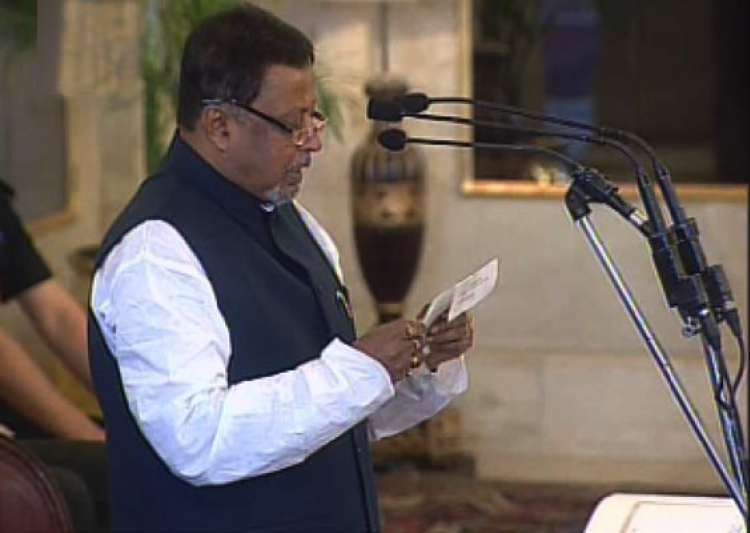 mukul roy sworn in as railway minister- India Tv