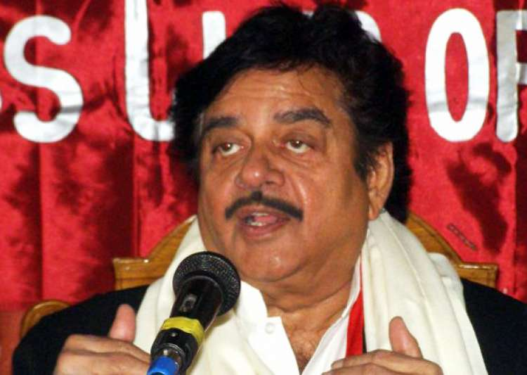 bjp will perform better than speculation in up says shatrughan- India Tv
