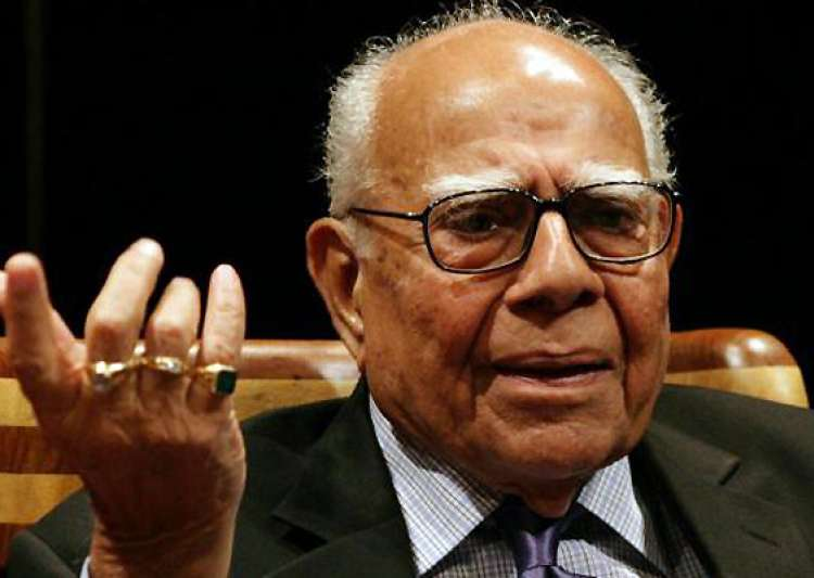 jethmalani praises new cbi chief ranjit sinha criticizes bjp stand- India Tv