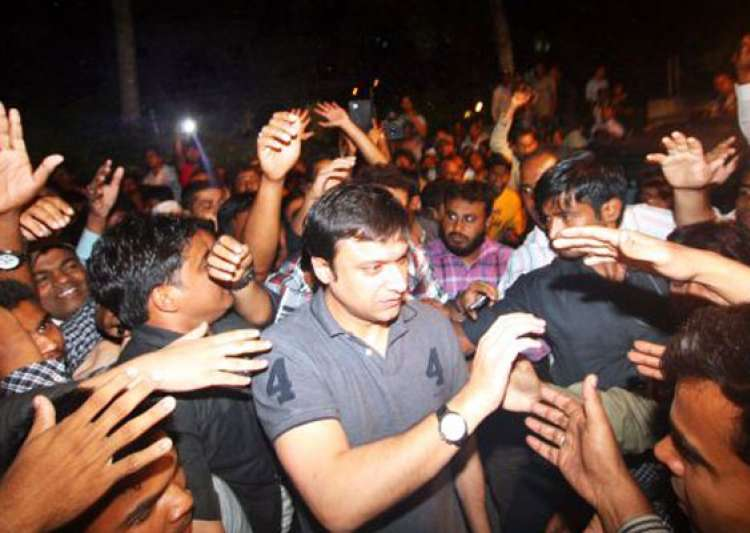akbaruddin owaisi arrested in hate speech case- India Tv
