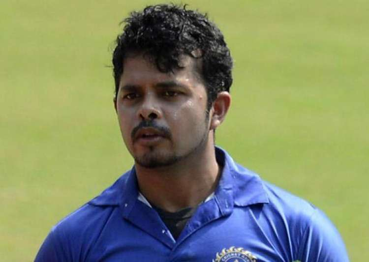 ipl6 sleaze nude pics of models found from sreesanth s- India Tv