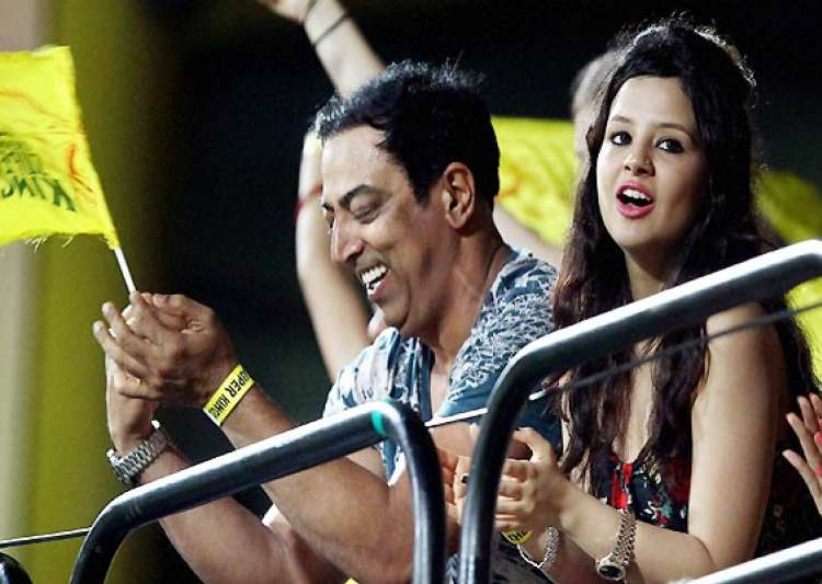 ipl6 spot fixing dhoni s wife sakshi may not be questioned- India Tv