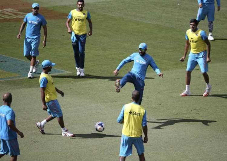 World Cup 2015: Team India in good spirits at Sydney practice session ...