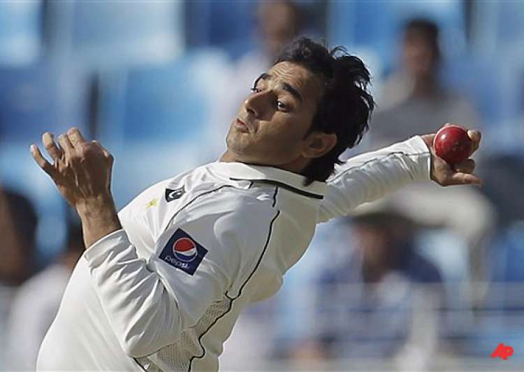 veteran spinners divided on legality of ajmal s bowling- India Tv