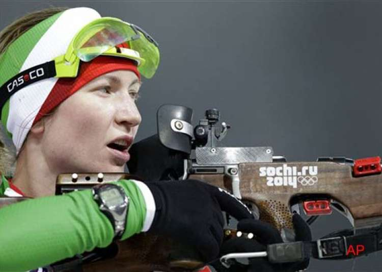 darya domracheva win olympic gold in 10 km pursuit at sochi- India Tv