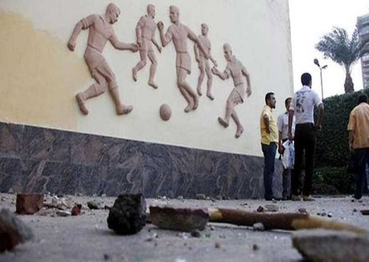 16 die in egypt riot after soccer violence verdict- India Tv