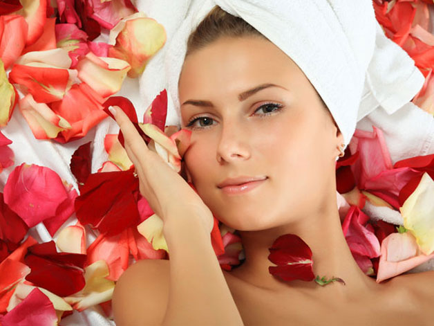 Rose petal face pack for bridal glow - Rose has been the main ingredient in making beauty products from many years. You can prepare a rose petal face pack with some rose petals which gives natural glowing skin. Method - Crush the rose petals with some milk for oily skin and with milk cream for dry skin. Apply the face pack for 20 minutes and wash with lukewarm water. Apply this face pack twice a week.
