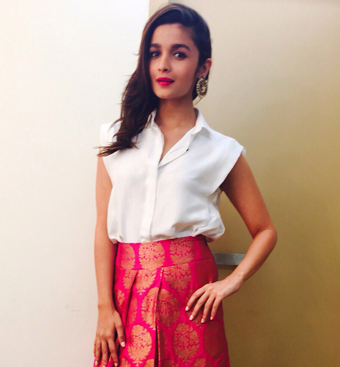 Alia Bhatt sang a song titled `Sooha Saaha` for her film `Highway`. The cute and adorable actress received much appreciation for her new-found talent.