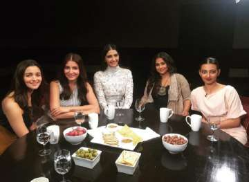 Bollywood actresses open up on doing intimate...
