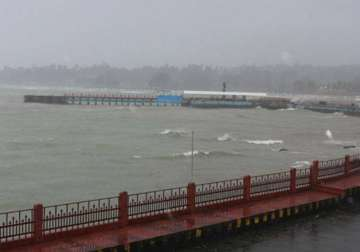 1400 tourists stranded in cyclonic weather in...