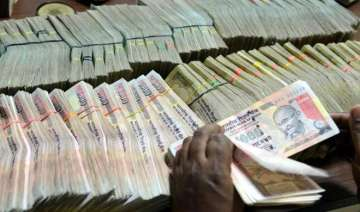 I-T dept casts its net on illegal currency...