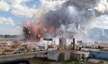 Explosion at Fireworks market in Mexico leaves 27...