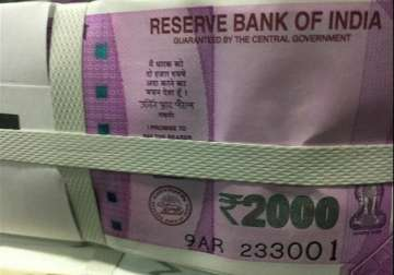 File pic - Rs 2000 notes on display - India TV