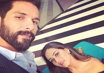 Mira's banter with husband Shahid leaves host...